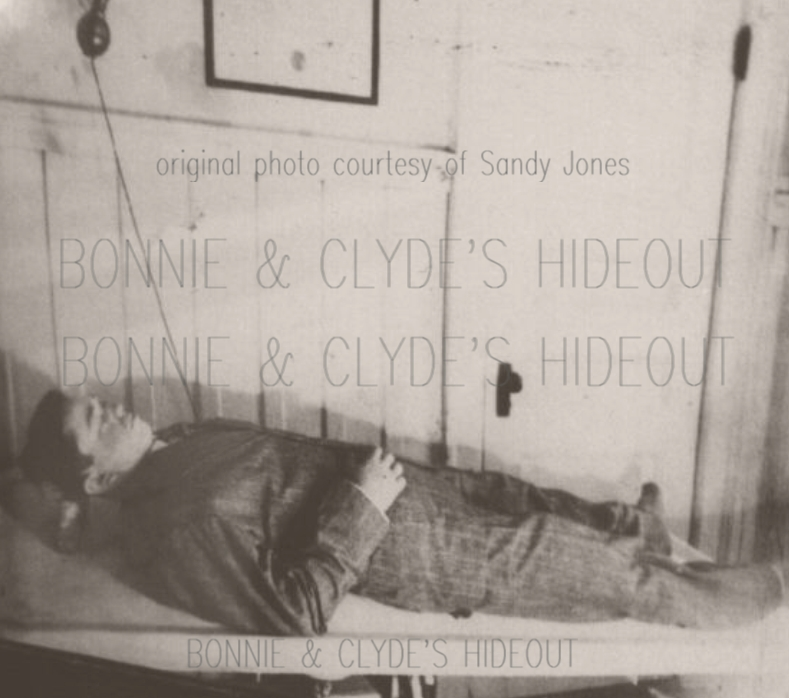 Clyde Barrow and Bonnie Parker Death Pictures
